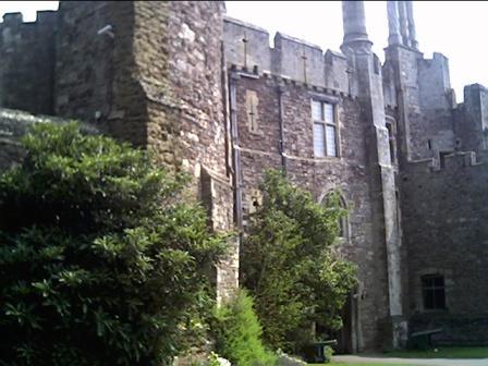Berkeley Castle Guide Tourist Info Advice For Berkeley Castle