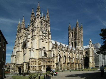 http://www.essentialtravelguide.com/wp-content/uploads/2011/03/Canterbury-Cathedral-.jpg