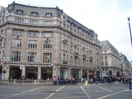 Oxford Street & Regent Street Junction, Central London