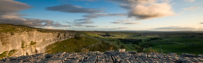 Malham Cove, Yorkshire Dales National Park, North Yorkshire, England